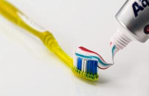 Pielęgnacja aparatu ortodontycznego